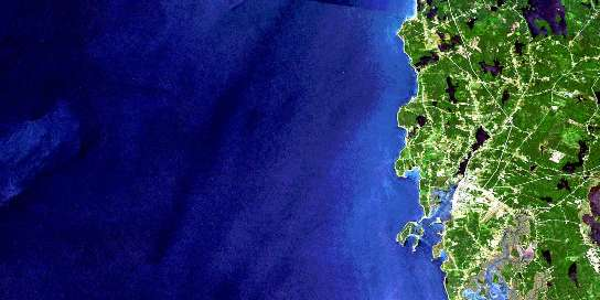 Air photo: Yarmouth Satellite Image map 020O16 at 1:50,000 Scale