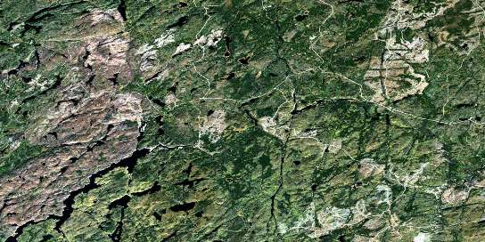 Kagiano Lake Satellite Map 042E08 at 1:50,000 scale - National Topographic System of Canada (NTS) - Orthophoto