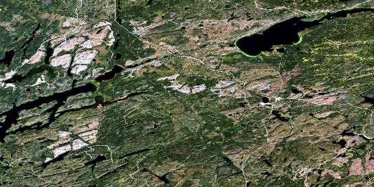 Pagwachuan Lake Satellite Map 042E09 at 1:50,000 scale - National Topographic System of Canada (NTS) - Orthophoto