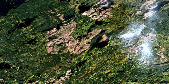 Treptow Lake Satellite Map 042E14 at 1:50,000 scale - National Topographic System of Canada (NTS) - Orthophoto