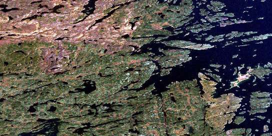 Wepusko Bay Satellite Map 064E02 at 1:50,000 scale - National Topographic System of Canada (NTS) - Orthophoto