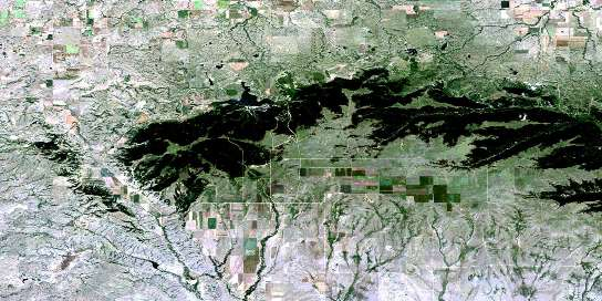 Elkwater Lake Satellite Map 072E09 at 1:50,000 scale - National Topographic System of Canada (NTS) - Orthophoto