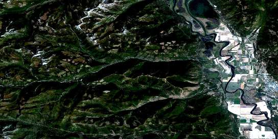 Creston Satellite Map 082F02 at 1:50,000 scale - National Topographic System of Canada (NTS) - Orthophoto