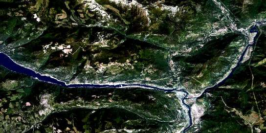 Castlegar Satellite Map 082F05 at 1:50,000 scale - National Topographic System of Canada (NTS) - Orthophoto